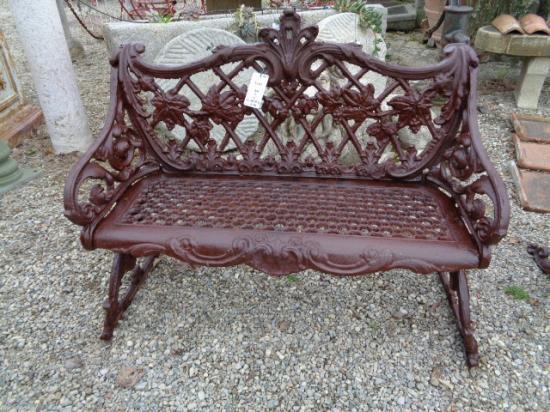 Bänke, Sofas und Sessel - antike Materialien von Ra-Ma