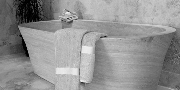 Vasche in pietra e lavandini antichi