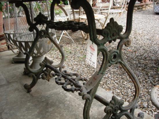 Tavoli In Ghisa Da Giardino.Base In Ghisa Per Tavolo Ra Ma
