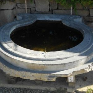 Arredo Bagno antico con Piatto doccia nicchia in pietra