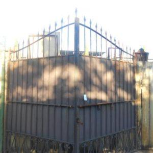 cancello in ferro battuto di recupero ra-ma