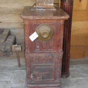 Stufa antica in Cotto refrattario