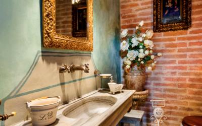 Советы по обустройству ванной комнаты в античном стиле