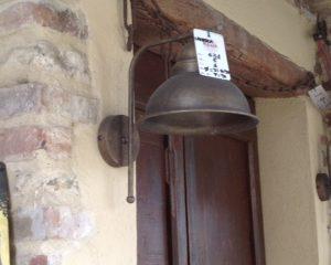 lampada a muro ottone